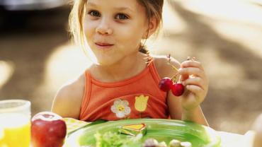 ¡7 opciones saludables para el refrigerio de tus hijos!