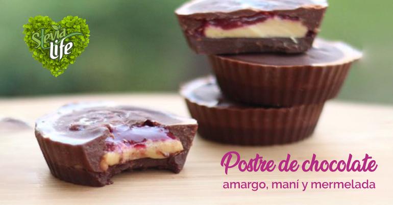 Tacitas de Chocolate, Frutilla y Crema de Maní